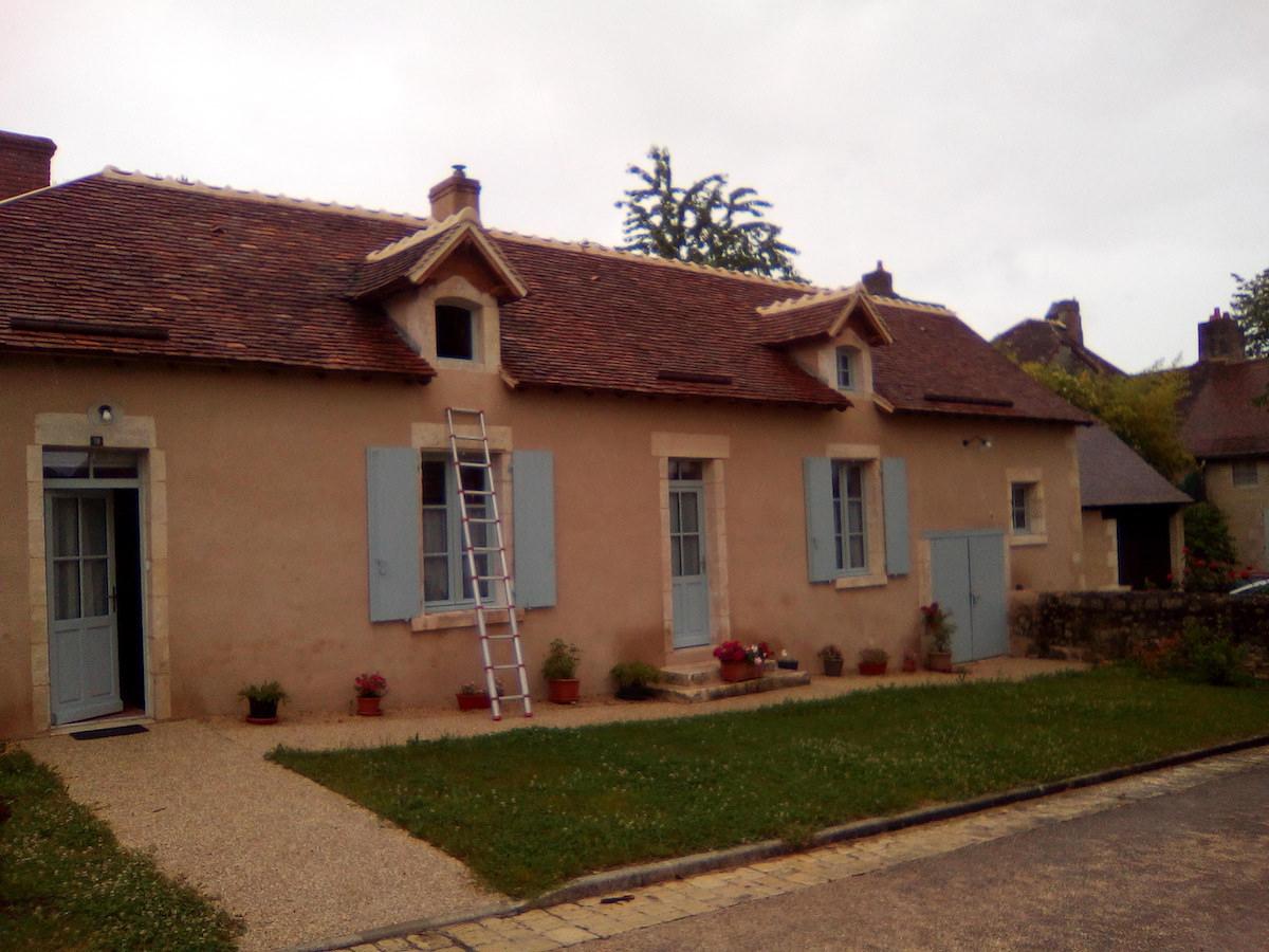 Maison à Lurais après rénovation, avec isolation paille et enduit chaux-chanvre